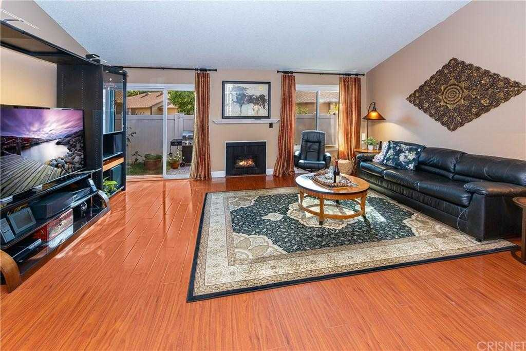 $424,999 - 2Br/2Ba - for Sale in Newhall