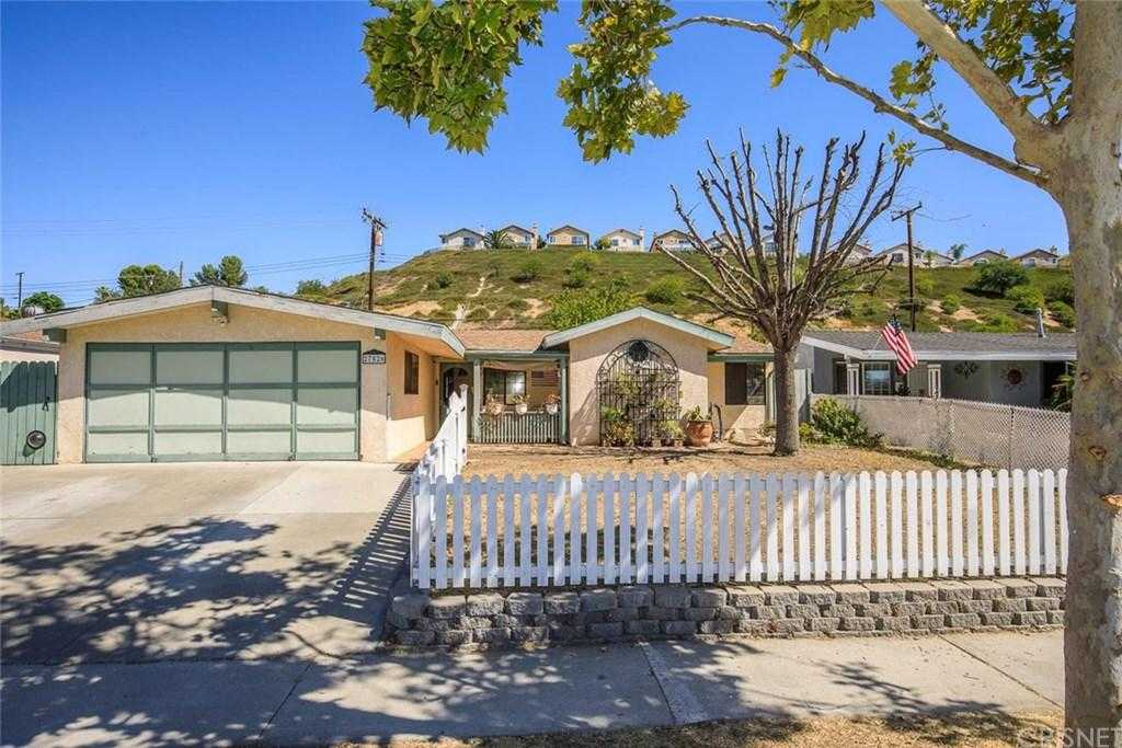 $465,000 - 4Br/2Ba - for Sale in Canyon Country