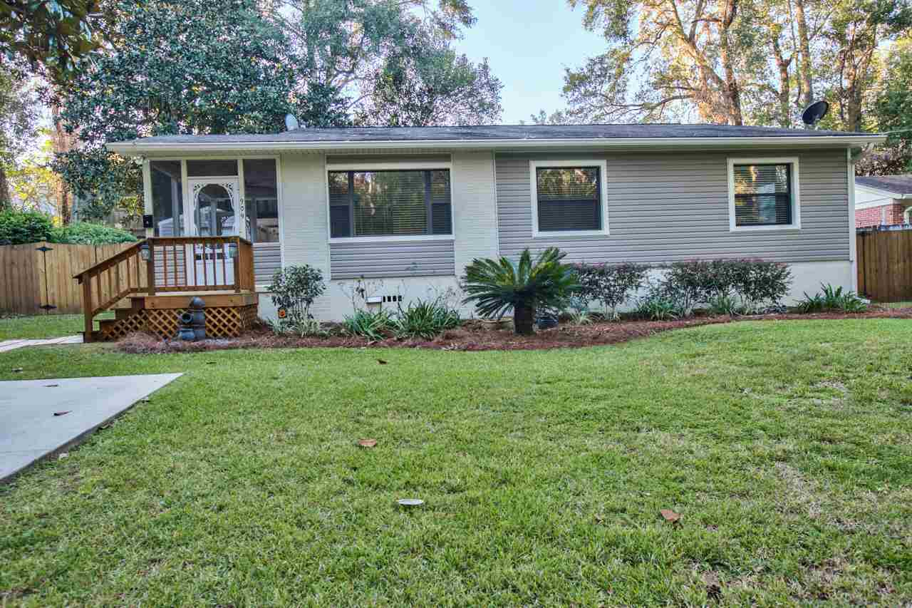 $285,000 - 3Br/2Ba -  for Sale in Magnolia Manor, Tallahassee