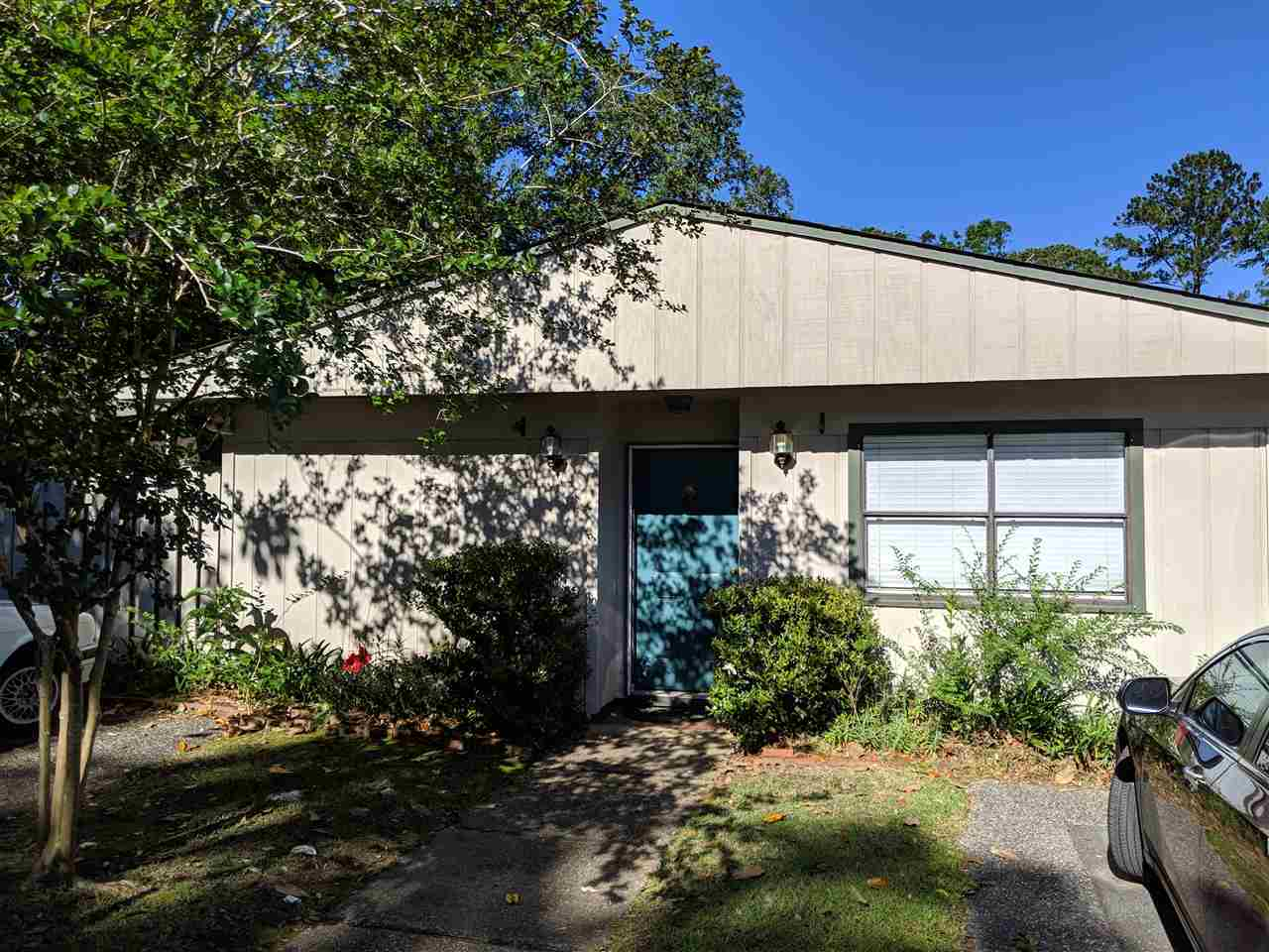 $154,900 - 2Br/2Ba -  for Sale in Villas Unit 2, Tallahassee
