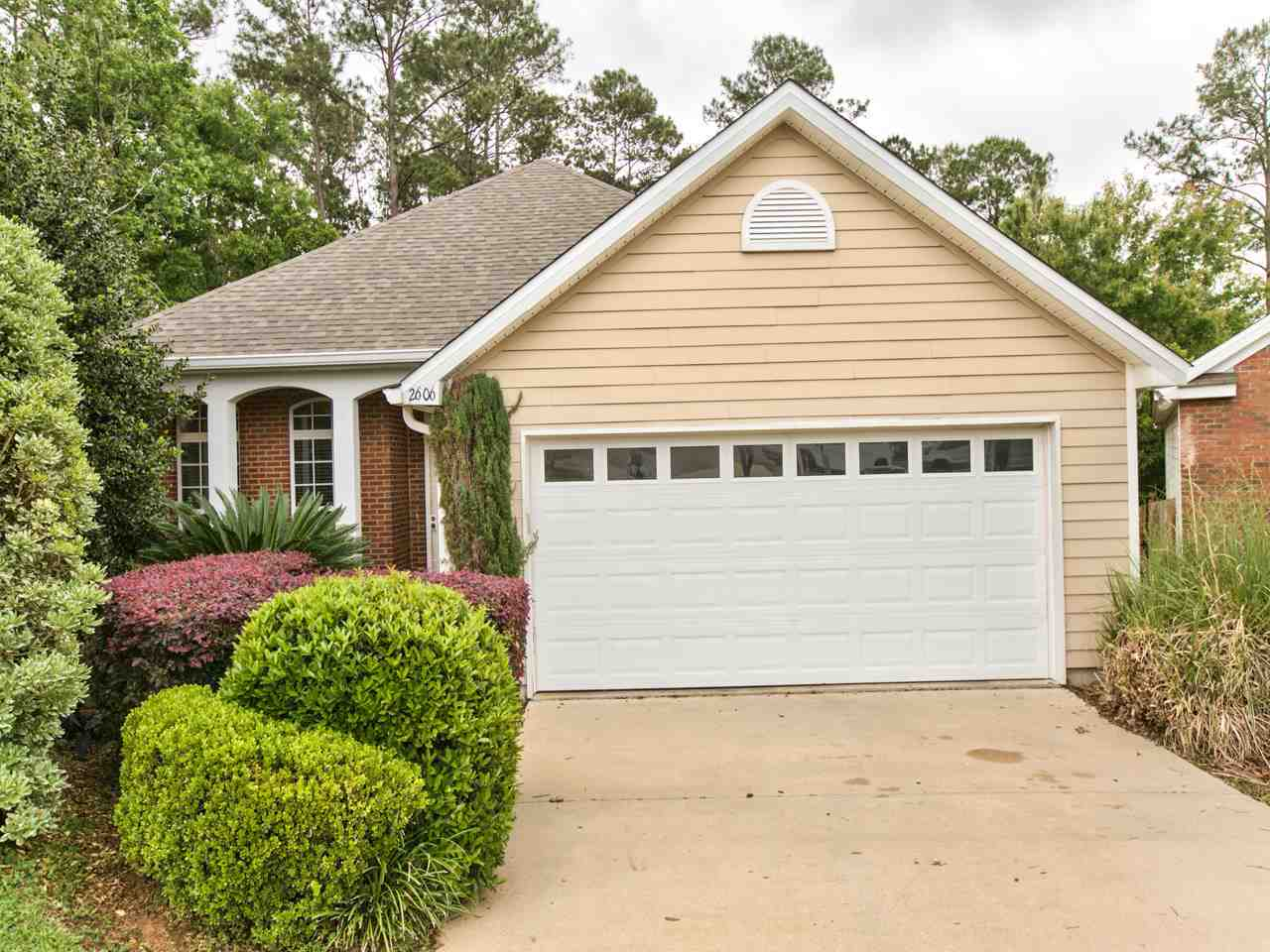 $235,000 - 4Br/2Ba -  for Sale in Glen At Golden Eagle, Tallahassee