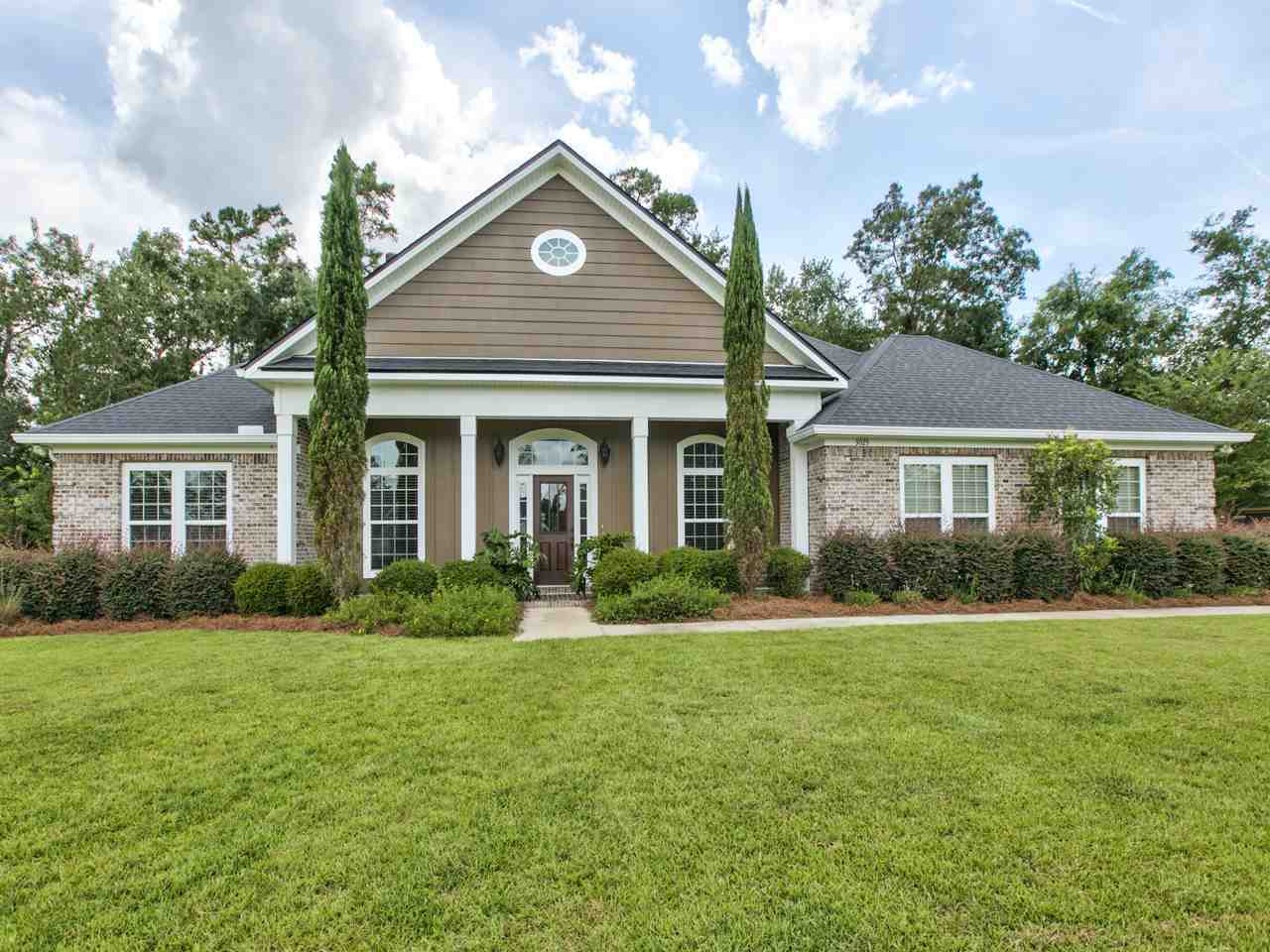 $540,000 - 4Br/4Ba -  for Sale in Golden Eagle, Tallahassee