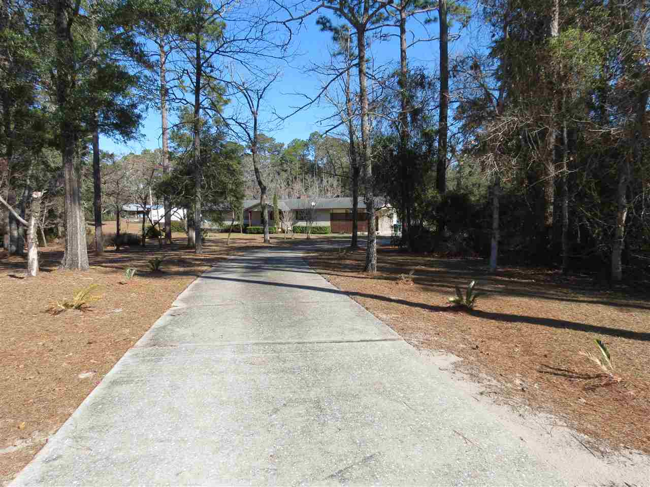 $249,900 - 4Br/3Ba -  for Sale in None, Crawfordville