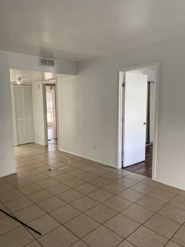 $850 - 2Br/1Ba -  for Sale in Chateu De Ville, Tallahassee