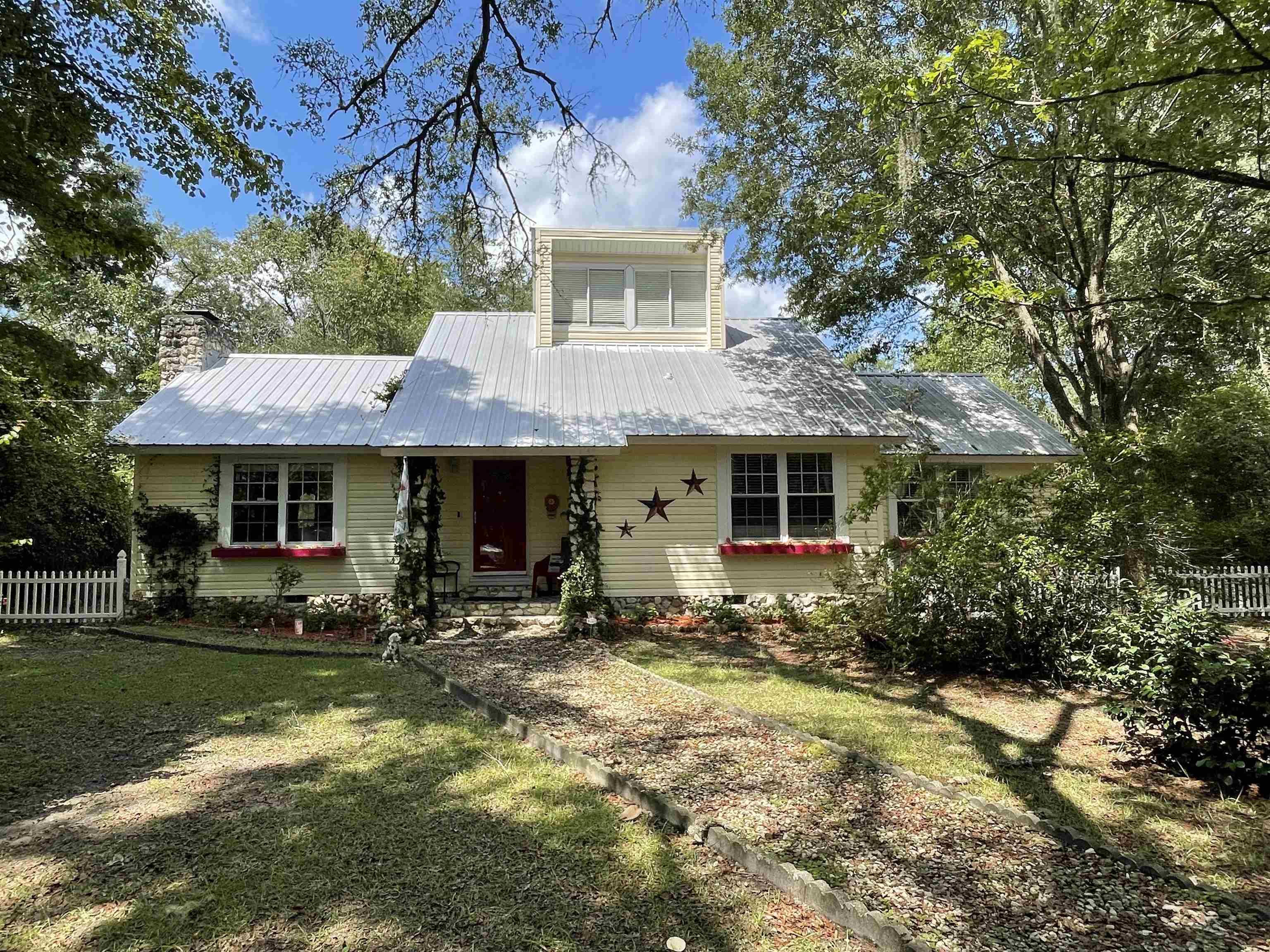 $279,900 - 3Br/3Ba -  for Sale in Kirkland Estates, Crawfordville