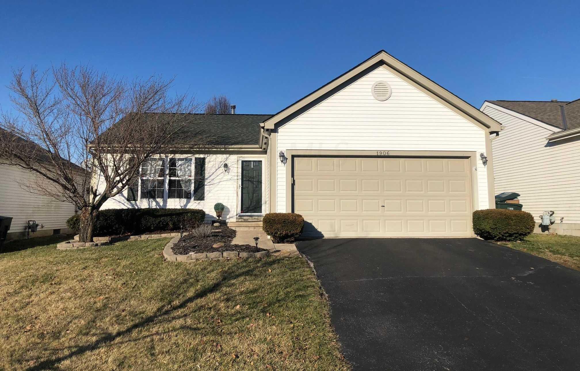 1906 Queens Meadow Lane Grove City,OH 43123 220001893