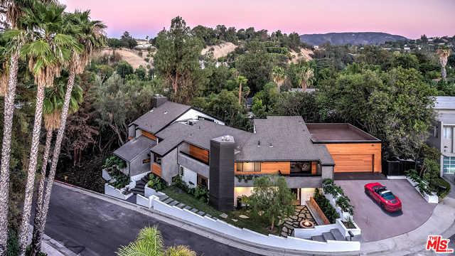 19246 Casa Pl Tarzana, CA 91356