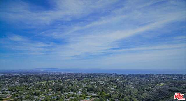 1636 San Onofre Dr Pacific Palisades, CA 90272