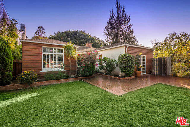 15306 Earlham St Pacific Palisades, CA 90272