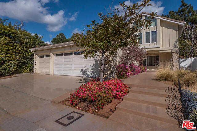 1424 Avenida De Cortez Pacific Palisades, CA 90272