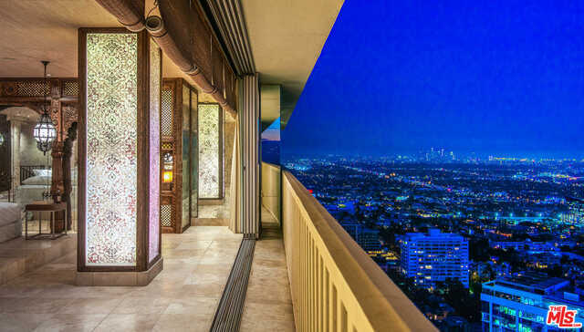 $6,995,000 - 2Br/2Ba -  for Sale in West Hollywood