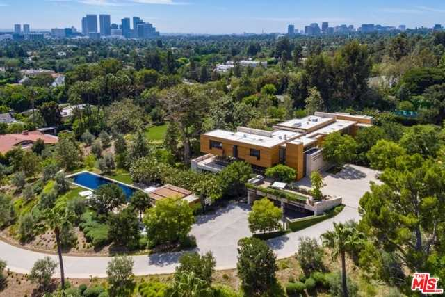 $82,500,000 - 6Br/16Ba -  for Sale in Beverly Hills