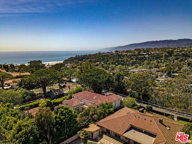 $11,000,000 - 5Br/5Ba -  for Sale in Santa Monica