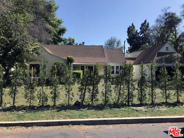11944 Hesby St Valley Village, CA 91607