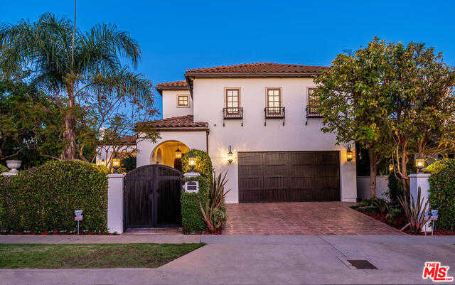 $3,749,000 - 6Br/6Ba -  for Sale in Pacific Palisades