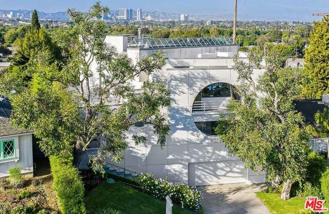 $2,595,000 - 3Br/3Ba -  for Sale in Los Angeles