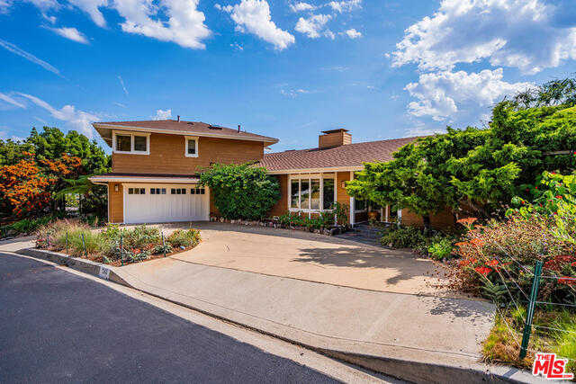 $3,595,000 - 4Br/4Ba -  for Sale in Pacific Palisades