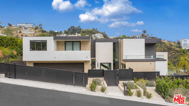 $22,900,000 - 7Br/12Ba -  for Sale in Los Angeles