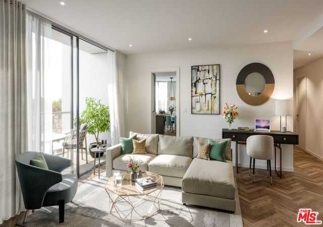 $1,237,500 - 2Br/Ba -  for Sale in London
