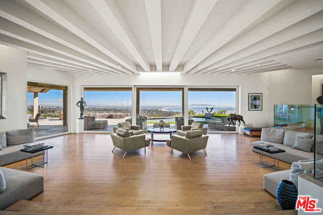 $12,995,000 - 4Br/5Ba -  for Sale in Pacific Palisades