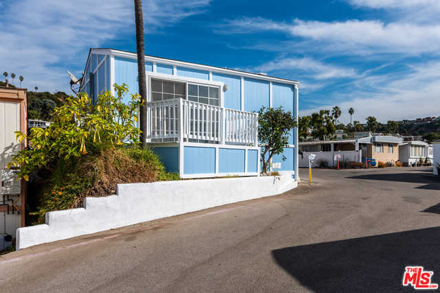 $450,000 - 0Br/1Ba -  for Sale in Pacific Palisades