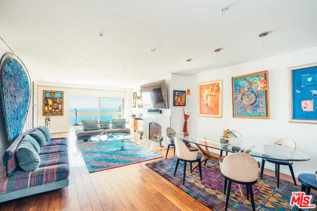 $3,300,000 - 2Br/3Ba -  for Sale in Santa Monica