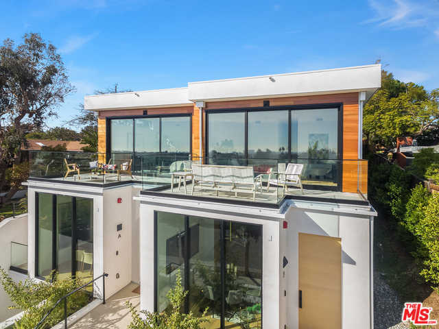 $2,495,000 - 3Br/3Ba -  for Sale in Santa Monica