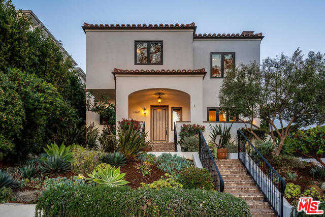 $3,590,000 - 4Br/3Ba -  for Sale in Pacific Palisades