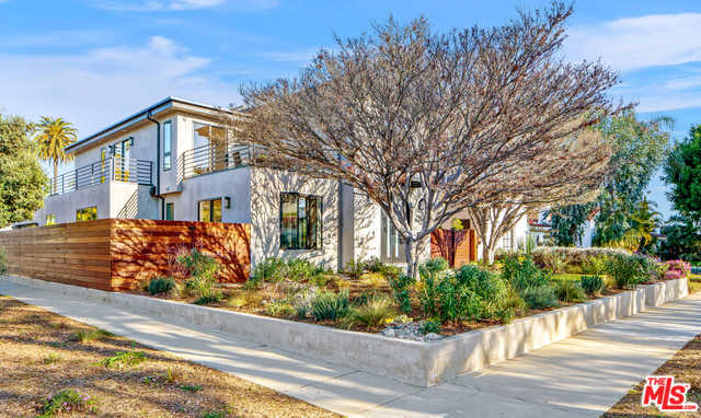 $3,298,000 - 5Br/5Ba -  for Sale in Los Angeles