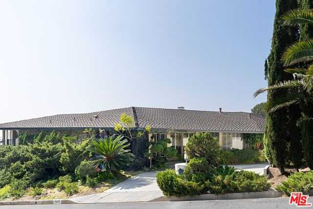 $5,999,999 - 4Br/Ba -  for Sale in Beverly Hills