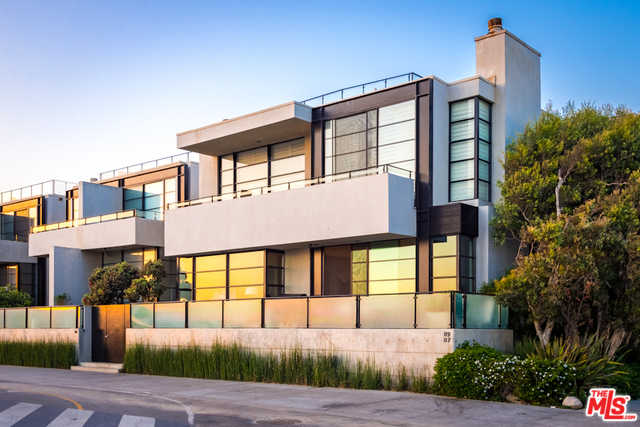 $5,650,000 - 3Br/4Ba -  for Sale in Venice