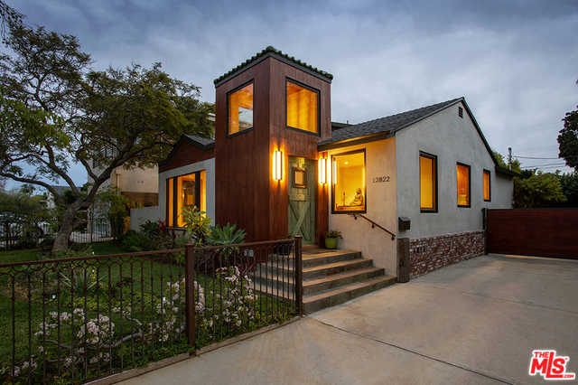 $2,495,000 - 4Br/3Ba -  for Sale in Los Angeles