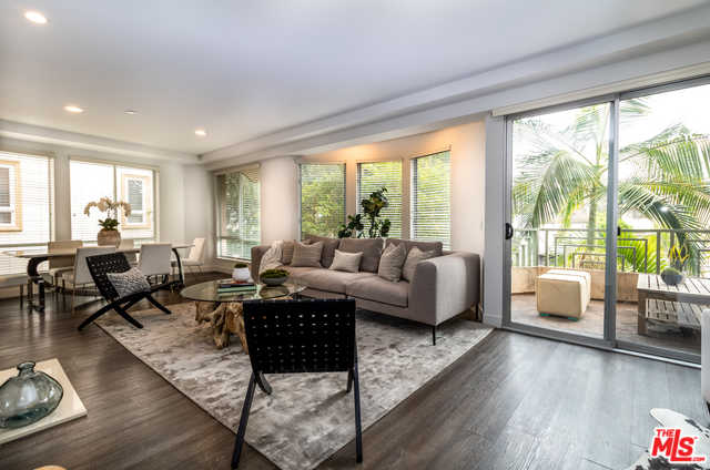$999,995 - 2Br/3Ba -  for Sale in Los Angeles