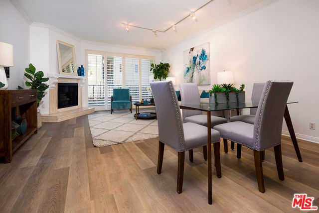 $689,000 - 2Br/2Ba -  for Sale in Los Angeles