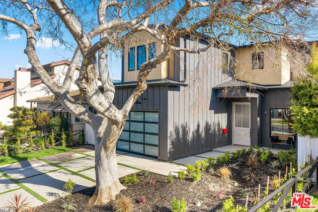 $3,095,000 - 5Br/6Ba -  for Sale in Los Angeles
