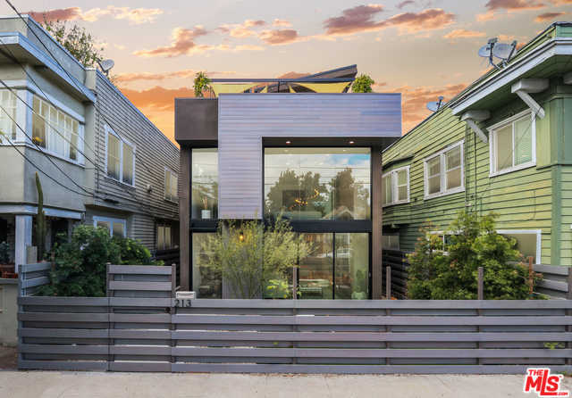$4,695,000 - 4Br/5Ba -  for Sale in Venice