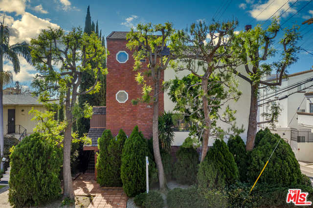 $799,000 - 2Br/3Ba -  for Sale in Los Angeles