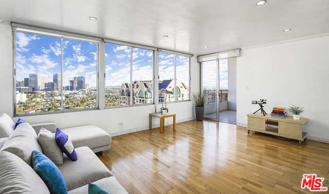 $619,000 - 1Br/1Ba -  for Sale in Los Angeles