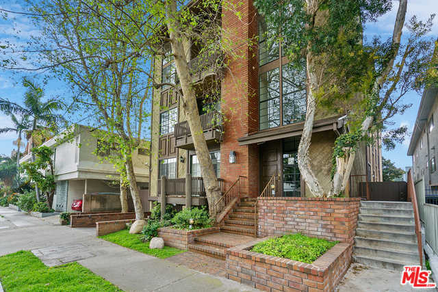 $759,000 - 2Br/3Ba -  for Sale in Los Angeles