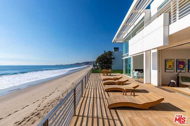 $75,000,000 - 5Br/7Ba -  for Sale in Malibu