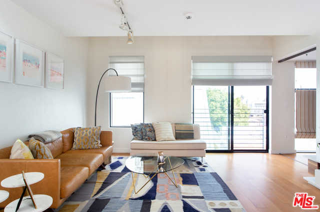 $975,000 - 1Br/1Ba -  for Sale in Venice