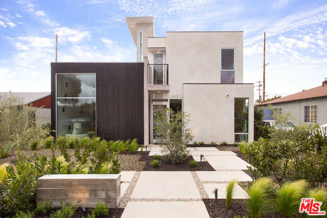$2,999,999 - 4Br/4Ba -  for Sale in Los Angeles