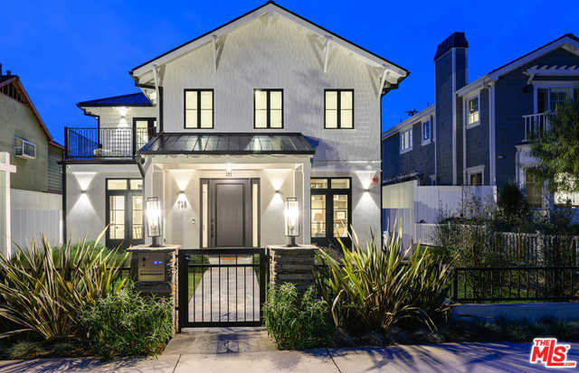 $7,495,000 - 6Br/6Ba -  for Sale in Santa Monica