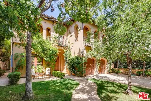 $4,725,000 - 5Br/Ba -  for Sale in Los Angeles