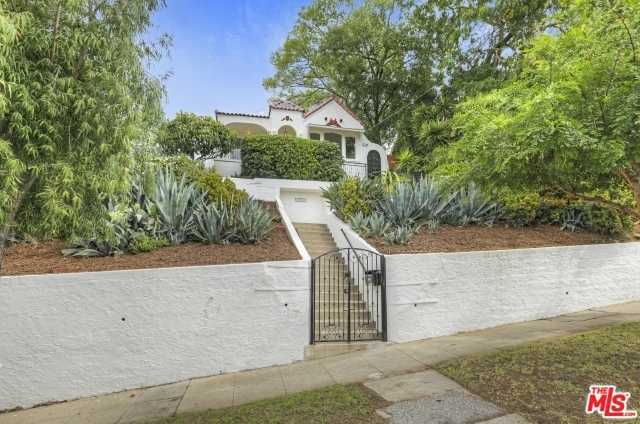 $1,288,000 - 2Br/2Ba -  for Sale in Los Angeles