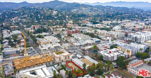 5717 CARLTON WAY LOS ANGELES, CA 90028