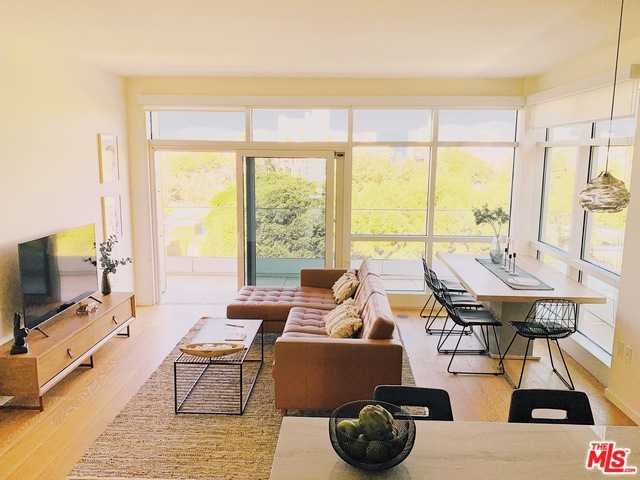 $2,299,999 - 2Br/2Ba -  for Sale in Santa Monica