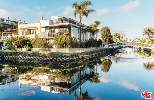 $4,750,000 - 4Br/5Ba -  for Sale in Venice