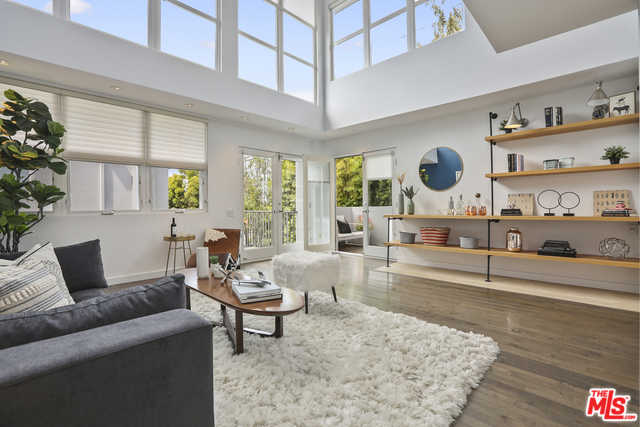 $2,195,300 - 2Br/3Ba -  for Sale in Santa Monica