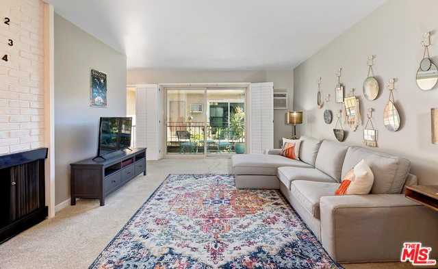 $585,000 - 1Br/1Ba -  for Sale in Los Angeles